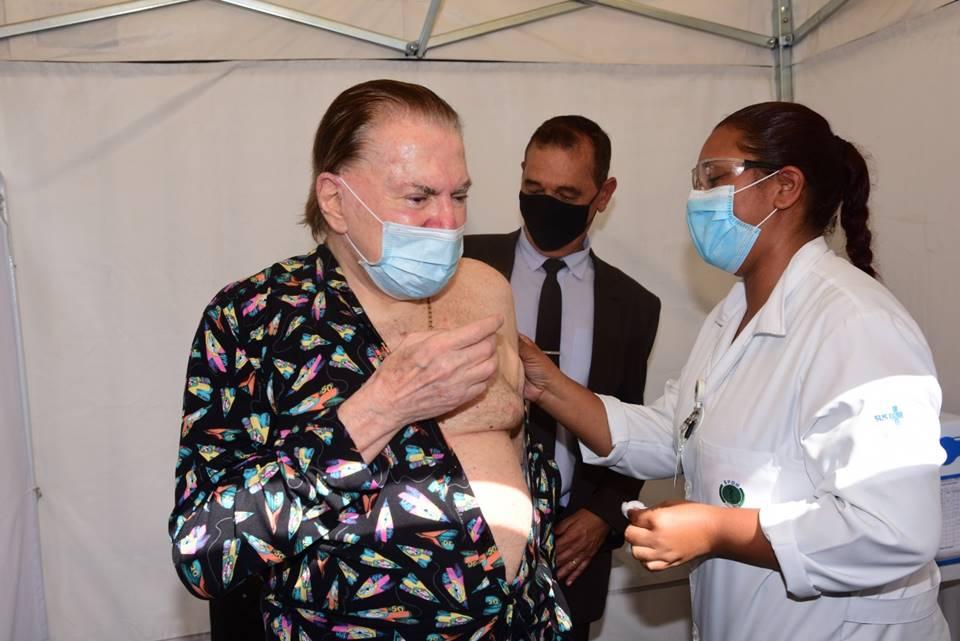 silvio santos internado - Silvio Santos acaba de ser internado com COVID-19